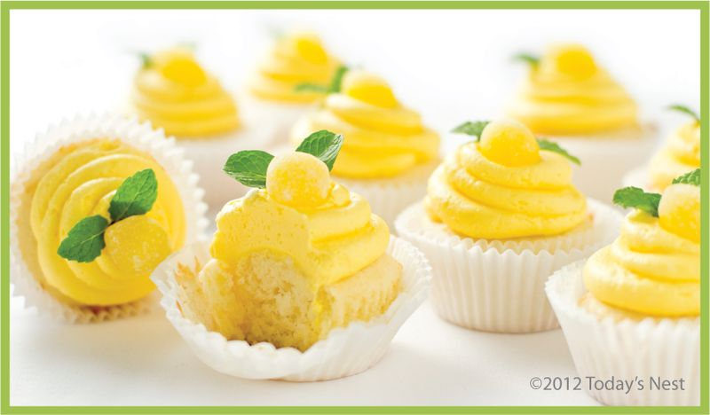 Lemon Cupcake with Lemoncello Buttercream